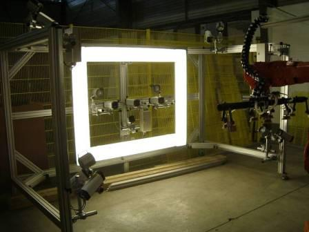 Camera- and illumination system robotbased for completeness check