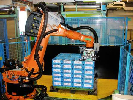 Robotized depalletizing of transport boxes